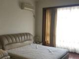 恩施广场一方小区、家具家电齐全 3室2厅160平米 精装修