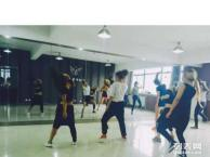 陕西华翎舞蹈中国专业舞蹈爵士舞3000终身免费学习