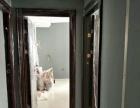 玲珑小区出租2室1厅1卫,2800/月,家电齐全,领包入住。