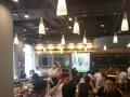 美食城旁超大面积餐饮旺铺转让,客流超大,随时看房
