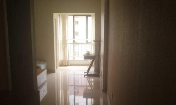 湖畔知城 精装单身公寓 全套家具 拎包入住