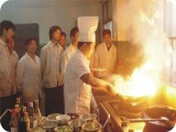 学厨师技术保定到虎振学校 保定厨师培训 保定学厨师