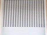 松江区卷帘门制作 电动水晶门 网状卷帘门安装
