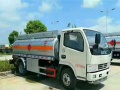 转让 油罐车东风工地用5吨油罐车8吨加油车出售