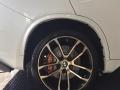 宝马X5、21寸轮毂升级brembo前六后四刹车