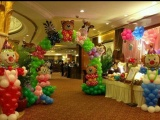 武汉小丑气球小丑魔术表演泡泡秀演绎创意气球拱门氦气球