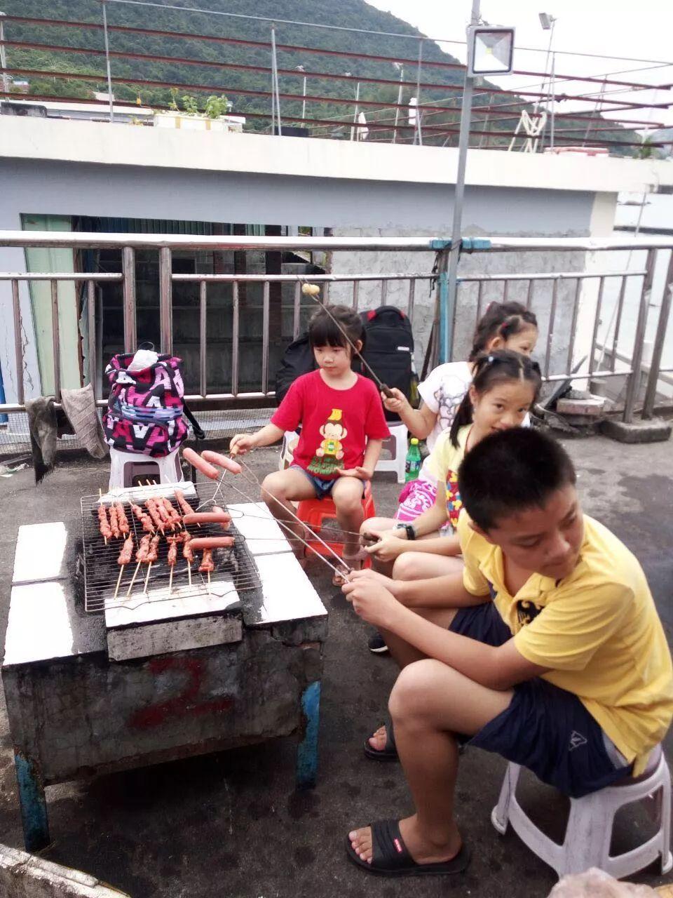 深圳南澳杨梅坑烧烤,真人CS野战,环海单车骑行一日游