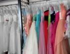 89成新婚纱礼服情侣写真男装百余套打包低价转让,送挂衣板