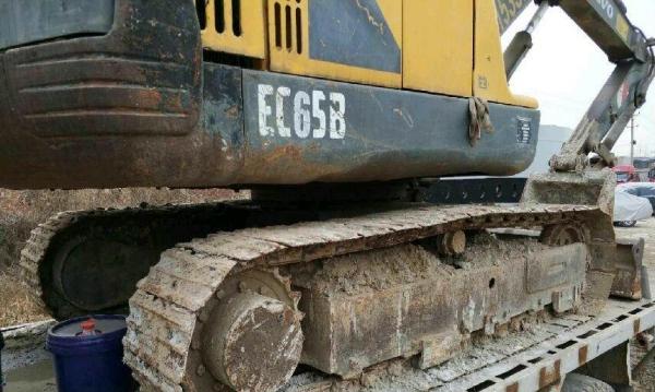 挖掘机沃尔沃沃尔沃55纯土方车挖掘机低价售