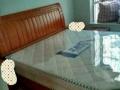 家中的冰箱全自动洗衣机液晶电视餐桌实木床沙发很新
