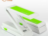 雅格YG3981超薄简约时尚 护眼学习工作折叠 LED节能充电台