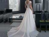 韩版新娘婚纱礼服一字肩拖尾2015新款春时尚包肩蕾丝显瘦大码婚纱