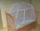 低价出售实木婴儿床