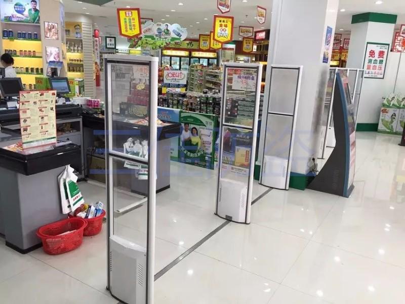 三佳服装防盗门 超市防盗器 药店防盗 化妆品防盗 饰品店防盗