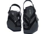 2014夏季新款几何形龙麟纹牛皮英伦韩版日常男士休闲套趾凉鞋