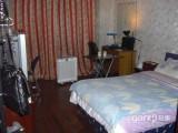江浦公园地铁精装单间2100,隔间550,限女生霍兰公寓霍兰公寓