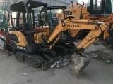 出售原装25 35小型挖机