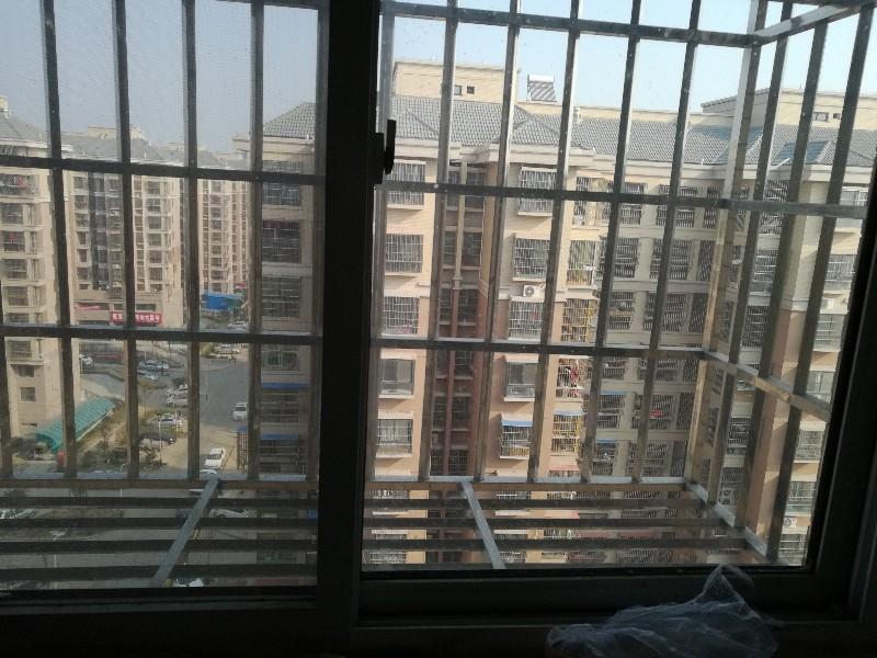 航空港区3号地 2室 1厅 60平米 800元押一付一航空港区3号地(郑州市新郑