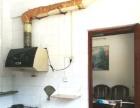 位于振兴小学附近,丽港华府旁的梧松生活区有一厅两房出租,