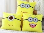 1118神偷奶爸小黄人抱枕毛绒玩具保暖手捂 空调被靠垫被两用