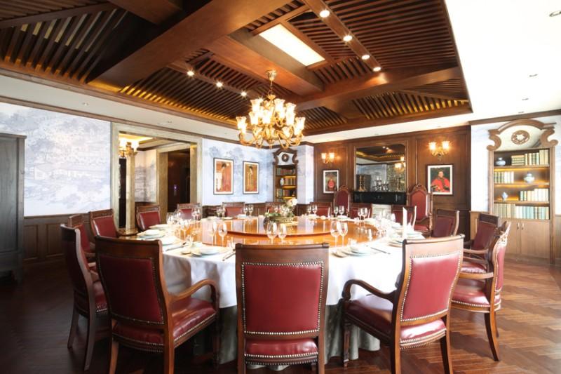 大连星海广场文化内涵的商务宴请餐厅非它莫属!