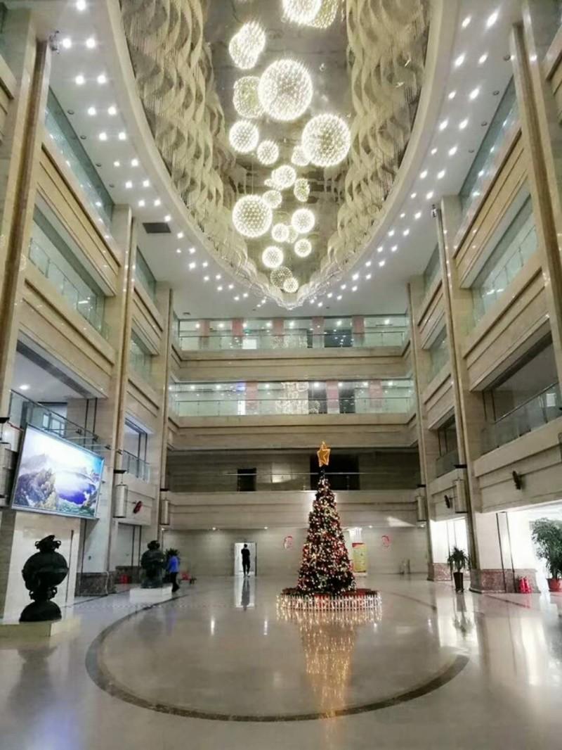 北京写字楼海淀中关村工位免费注册会议室酒店会场舞蹈室学校教室