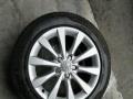 奥迪A6L原装轮毂带轮胎