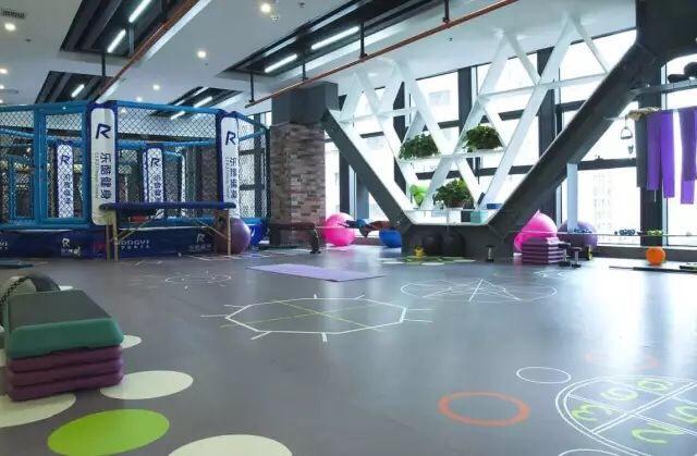 乐酷国际健身俱乐部(保利中心)