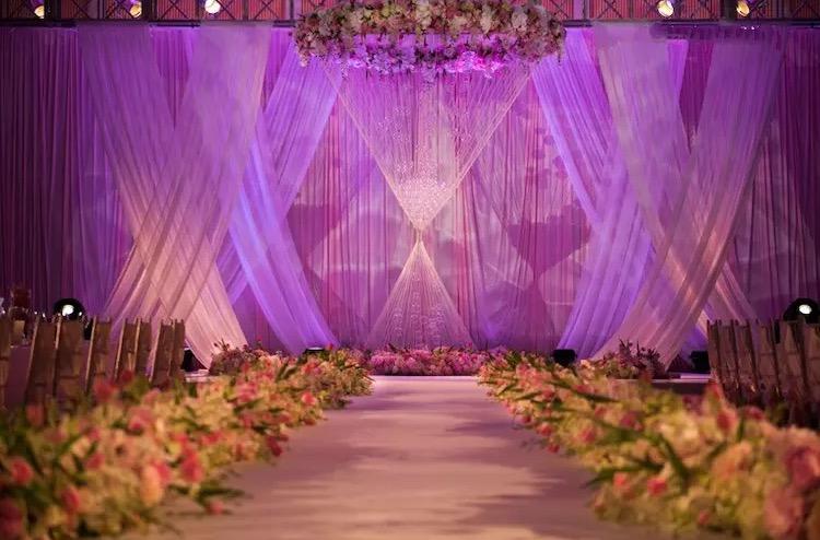 传奇婚礼为您打造梦中的婚礼性价比较高创意无限