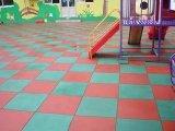 幼儿园专用橡胶地砖 学校操场铺设用地砖