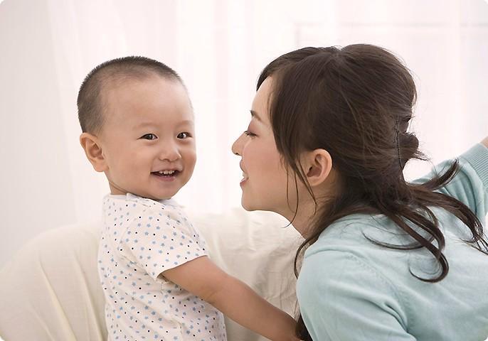 山西阿姨帮育儿嫂服务-专业呵护,快乐成长