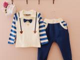 小一峰2014新款英伦两件套卫衣套装 领结条纹款童装 童套装批发