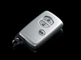 鄭州配汽車鑰匙遙控器 修汽車鎖 調路程表