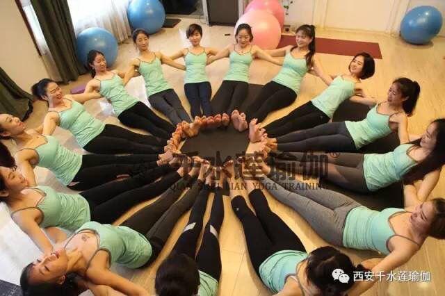 千水莲瑜伽馆