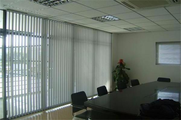通州窗帘厂家通州潞城定做办公室窗帘潞城定做办公室卷帘遮光窗帘