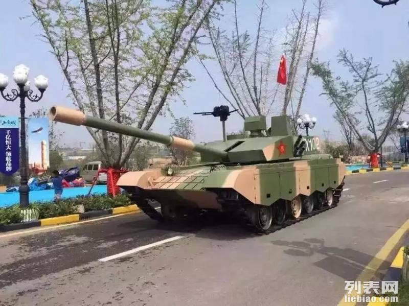 大型梦幻雨屋出租军事模型坦克火箭租赁