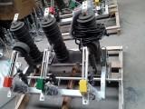 户外柱上国标ZW32-12/630A真空断路器