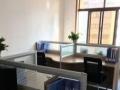 现有一套四人坐的办公桌椅出售有需求的可以联系