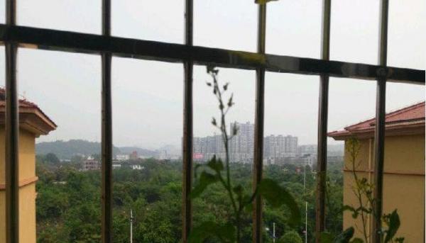 江州龙胤财富广场 2室2厅1卫 69平米