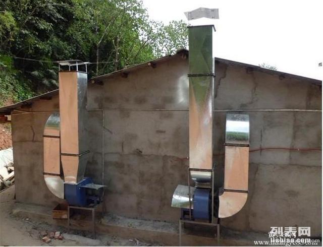 长沙皖湘厨房设备厂 专做油烟罩排烟管道13786148183
