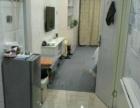 世茂广场精装修公寓楼,这个价格哪里找,房东急租看房方便