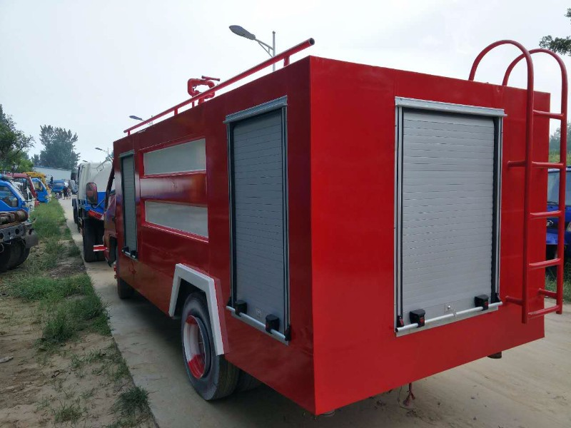梅州公司销售消防车 洒水车 消防洒水车