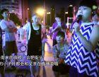 8岁女孩街头直播卖唱贴补父亲尿毒症的治疗费用