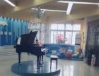 海豚湾钢琴培训学校常年招收4岁以上钢琴学生