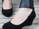 软面黑色女单鞋 坡跟平底女工鞋 厚底新款女鞋职业小皮鞋