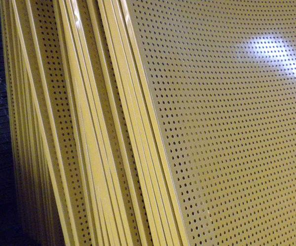 大连不锈钢筛网-钢板网-金属丝网-刺绳及刀片刺绳