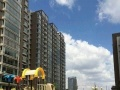 铁西高档小区宏源一品电梯1楼 精装带家具家电 年付3万