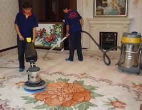 专业清洗灯具(水晶灯 吊灯)清洗地毯(纯羊毛地毯 化纤地毯)