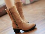 15冬季新款时尚雪地靴女 中筒休闲保暖靴