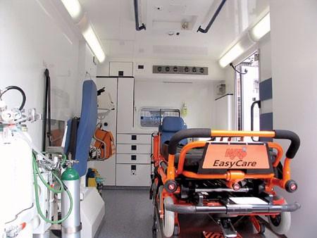救护车服务120长途救护车危重患者长途转院护送展会救护车